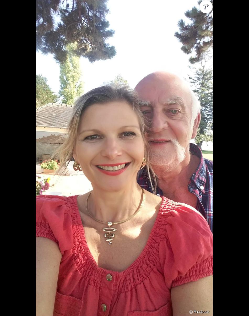 Claude amour est dans le pre et sa femme [PUNIQRANDLINE-(au-dating-names.txt) 51