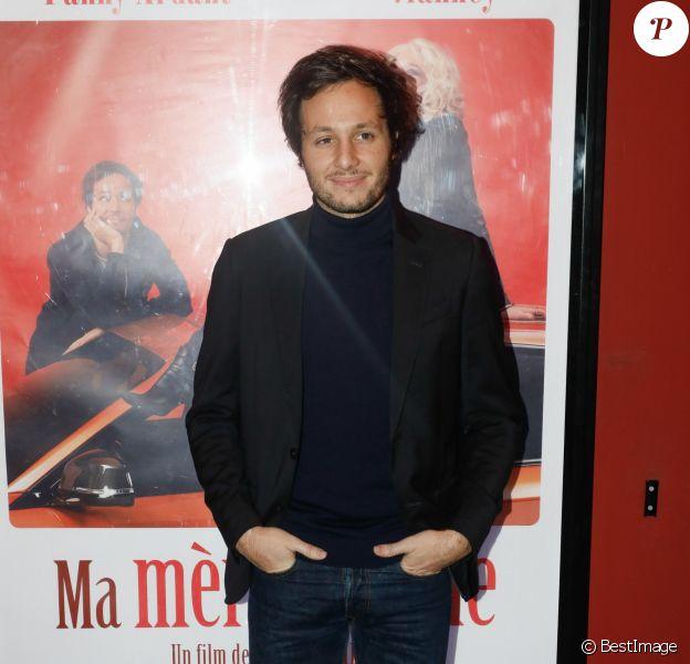 """Le chanteur Vianney (Vianney Bureau) - Avant-première du film """"Ma mère est folle"""" au cinéma Publicis à Paris, France, le 26 novembre 2018. © CVS/Bestimage"""