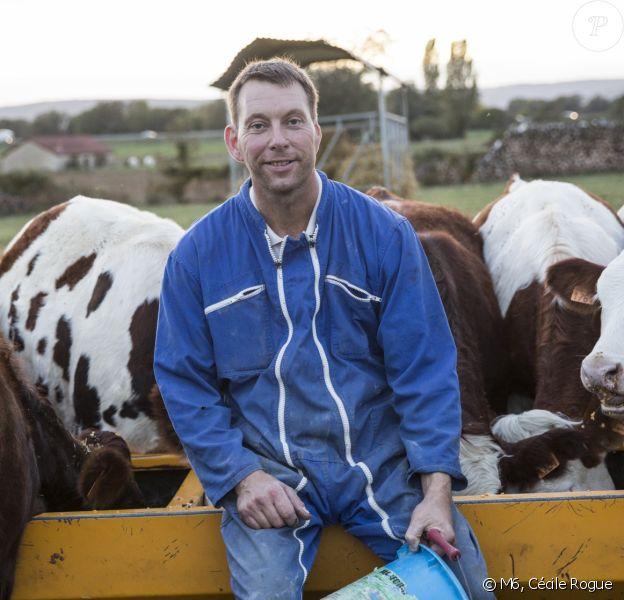 """François, 45 ans, éleveur de vaches, Bourgogne - Candidat de """"L'amour est dans le pré 2019""""."""