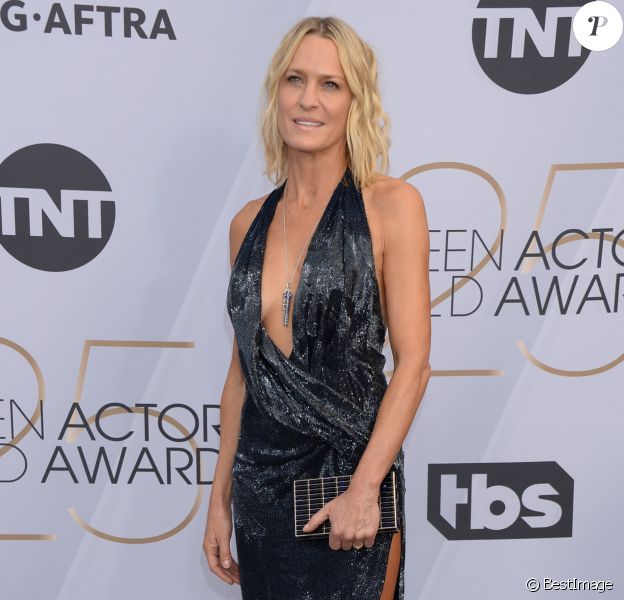 Robin Wright (Robe Oscar de la Renta) - Photocall - 25ème cérémonie annuelle des Screen Actors Guild Awards au Shrine Audritorium à Los Angeles, le 27 janvier 2019.