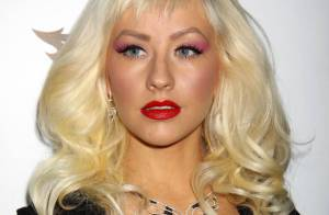 La sexy Christina Aguilera superbe et tout en transparence... a fait son show à Las Vegas !