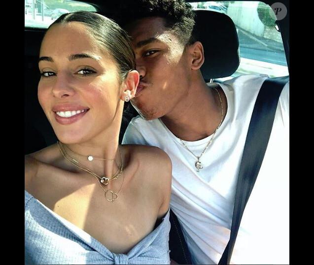 Coralie Porrovecchio (Les Marseillais VS Le reste du monde) présente son chéri,  Boubacar Kamara, un joueur de l'Olympique de Marseille  - Instagram, 30 septembre 2018