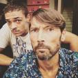 """Laurent Kerusoré sur le tournage de """"Plus belle la vie"""", le 30 juillet 2018."""
