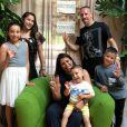 Franck Ribéry et sa femme Wahiba célèbrent les 3 ans de leur fils Mohammed avec leurs autres enfants, Hizya, Shakinez, Seïf el Islam et Mohammed. Instagram, mai 2018.