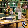 La princesse Estelle de Suède visitait le 20 février 2019 avec sa maman la princesse héritière Victoria et son petit frère le prince Oscar le Mobilier royal, au palais à Stockholm. © Sara Friberg/Cour royale de Suède