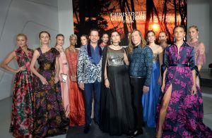 Victoria Silvstedt : Canon au défilé Christophe Guillarmé, avec Tonya Kinzinger