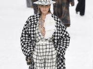 Cara Delevingne : Star du défilé Chanel, applaudie par sa chérie Ashley Benson