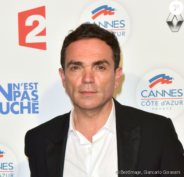 "Yann Moix au photocall lors de l'enregistrement de l'émission ""On n'est pas couché"" à la Villa Domergue lors du 70ème Festival International du Film de Cannes, France, le 24 mai 2017. © Giancarlo Gorassini/Bestimage"