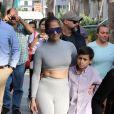 Jennifer Lopez fait du shopping avec ses enfants Emme et Maximilian et sa soeur à Miami le 16 février 2019