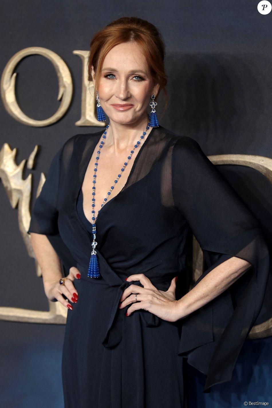 """JK Rowling - Avant-Première du film """"Les Animaux fantastiques : Les Crimes de Grindelwald"""" au cinéma Cineworld Leicester Square à Londres, Royaume Uni, le 13 novembre 2018."""