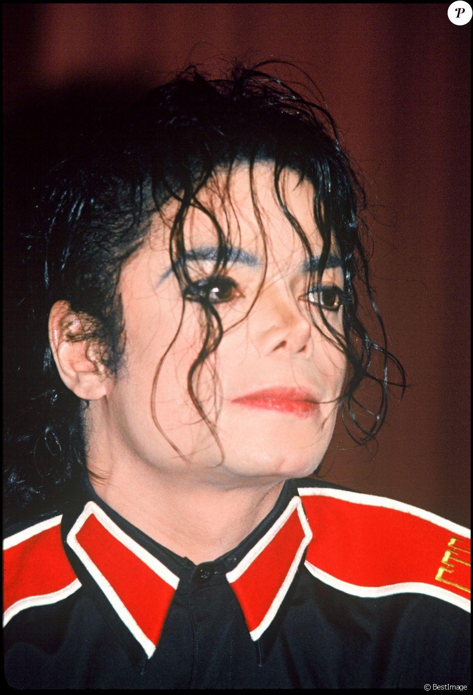 Michael Jackson le 8 janvier 1993, lieu inconnu.