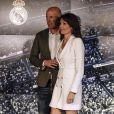 Le nouvel entraîneur du Real Madrid Zinedine Zidane et sa femme Véronique après la conférence de presse au stade Santiago Bernabeu à Madrid, Espagne, le 11 mars 2019.