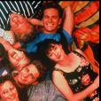 """Le casting de la série """"Beverly Hills, 90210"""" en 1991."""