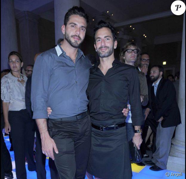 Marc Jacobs et son fiancé Lorenzo Martone, lors de la soirée Vogue qui s'est tenue pendant la 53e Biennale d'Art de Venise, le 5 juin 2009 !