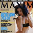 Dita Von Teese juste atomique en couverture de Maxim !
