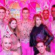 Exclusif - Cara Delevingne et sa petite amie Ashley Benson posent avec les danseurs de la revue du Moulin Rouge à Paris, France, le 9 avril 2019. © Marc Ausset-Lacroix/Bestimage
