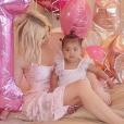 Khloé Kardashian fête les 1 an de sa petite fille True sur Instagram, le 12 avril 2019.