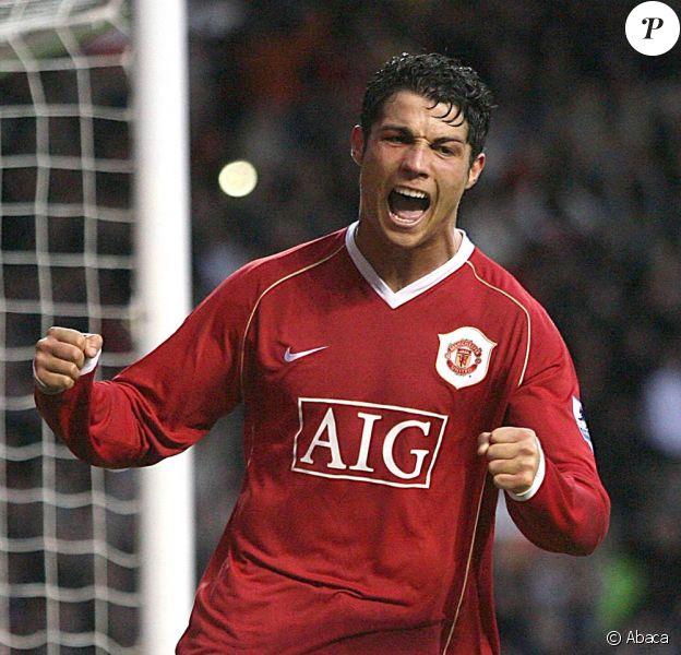 Cristiano Ronaldo rejoint le Real Madrid pour 93 millions d'euros