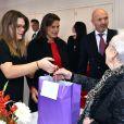 La princesse Stéphanie de Monaco fait une distribution de cadeaux aux séniors monégasques avec sa fille Camille Gottlieb au foyer Rainier III, à Monaco, le 18 novembre 2017. © Bruno Bebert/Bestimage