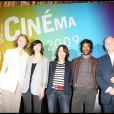 Charlotte Rampling, Linh Dan Pham, Chantal Lauby, Vikash Dhorasoo et Christophe Girard lors de la conférence de presse du Festival Paris Cinéma le 12 juin 2009