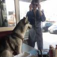 Pete Doherty et son chien. Août 2018.