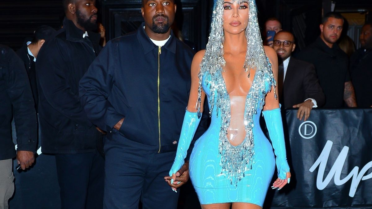 454ad2b275a Kim Kardashian   Nouvel hommage à Cher