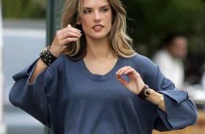 Le top Alessandra Ambrosio... tellement belle en shooting et au naturel !