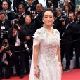 """Gong Li - Montée des marches du film """"The Dead Don't Die"""" lors de la cérémonie d'ouverture du 72e Festival International du Film de Cannes. Le 14 mai 2019"""