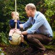 Le prince George, la princesse Charlotte et le prince Louis de Cambridge ont pu explorer le 20 mai 2019 le jardin Back to Nature créé par leur maman Kate Middleton, duchesse de Cambridge, au Chelsea Flower Show à Londres. ©Matt Porteous/PA Photos/Abacapress.com