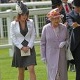 Meeting Royal d'Ascot 2009 : la princesse Eugenie et sa grand-mère, la reine.