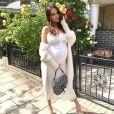 Nabilla enceinte poste un nouveau look sexy et glamour sur son compte instagram le 8 juin 2019.