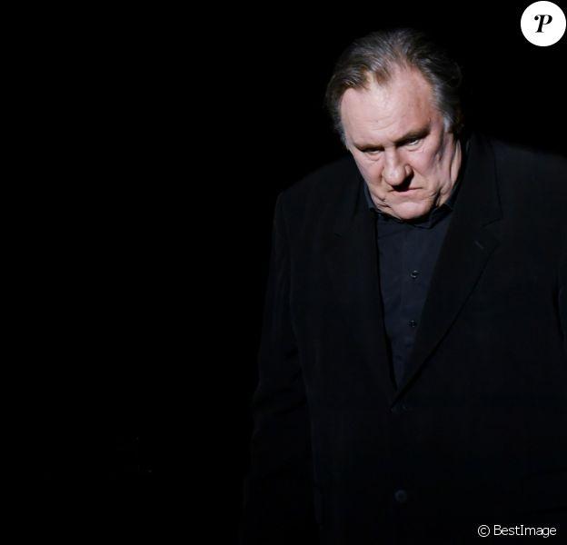 """Exclusif - Gérard Depardieu chante """"Barbara"""" sur la scène du palais des congrès Atlantia en pré-ouverture du 5e Festival du Cinéma et Musique de film de la Baule le 4 novembre 2018. © José Texeira/Bestimage"""