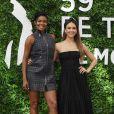 Jessica Alba et Gabrielle Union au photocall de la série L.A.'s Finest lors du 59ème festival de télévision de Monte Carlo à Monaco le 15 juin 2019. © Denis Guignebourg / Bestimage