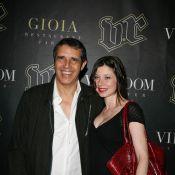 Julien Clerc : le chanteur nous présente... sa belle compagne Hélène lors de son concert privé !