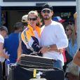 Exclusif - Kevin Trapp et sa compagne Izabel Goulart ont été aperçus en train de s'embrasser à l'aéroport en Crète, le 23 juin 2019.