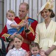 Le prince William, duc de Cambridge, et Catherine (Kate) Middleton, duchesse de Cambridge, le prince George de Cambridge la princesse Charlotte de Cambridge, le prince Louis de Cambridge - La famille royale au balcon du palais de Buckingham lors de la parade Trooping the Colour 2019, célébrant le 93ème anniversaire de la reine Elisabeth II, Londres, le 8 juin 2019.