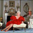 Zsa Zsa Gabor dans sa maison de Beverly Hills en avril 1989