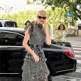 Laura Dern - Les invités de Zoe Kravitz et de son mari Karl Glusman arrivent au restaurant Lapérouse à Paris pour leur Pre Wedding Party le 28 juin 2019.