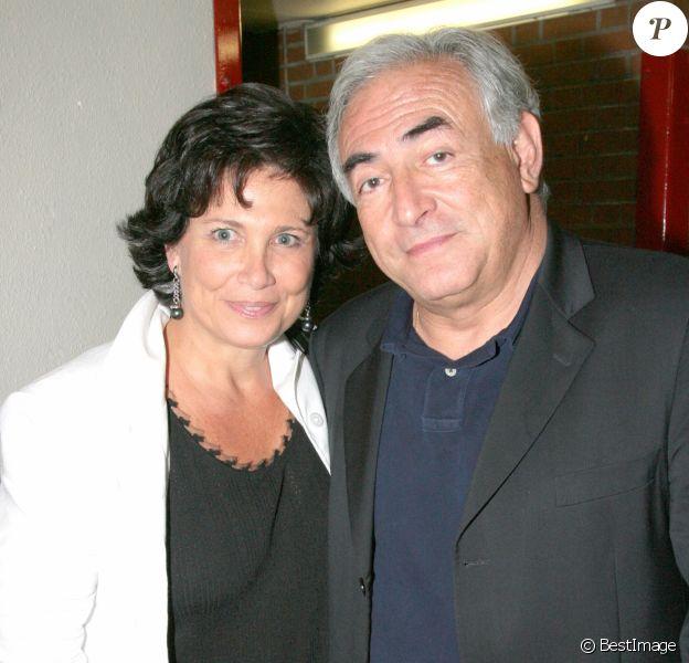 Exclusif- Anne Sinclair et DSK à Bercy, à Paris, en 2007.