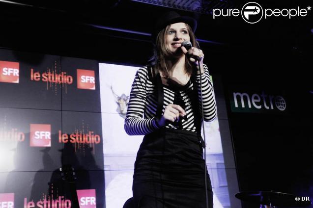Amandine Bourgeois en concert au studio SFR, mardi 23 juin 2009