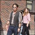 Johnny Depp s'apprête à venir sur le plateau de David Letterman à New York (25 juin 2009)