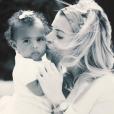 "Emilie Fiorelli, gagnante de ""Secret Story 9"" en 2015, avec sa fille Louna."