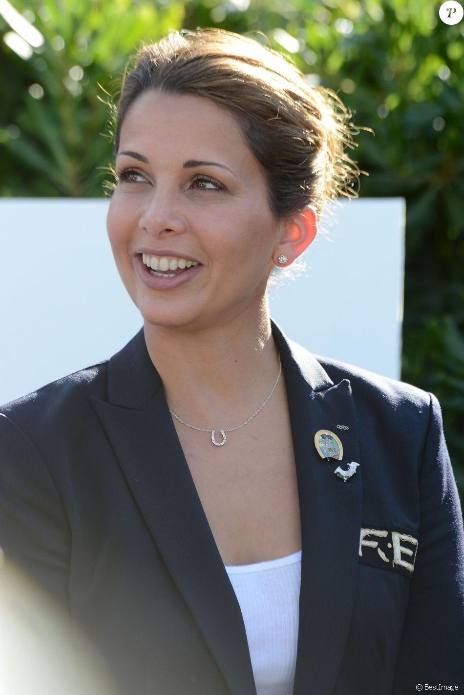 """La princesse Haya de Jordanie au championnat equestre """"CSIO"""" de Barcelone le 29 septembre 2013."""