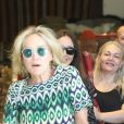 Sharon Stone fait du shopping avec une amie dans le quartier de West Hollywood à Los Angeles, le 18 juillet 2019