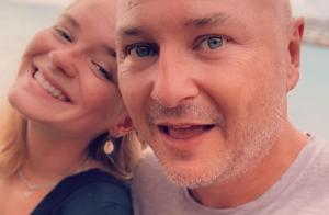 Cauet, papa comblé : selfie complice avec sa fille Ivana à Saint-Martin