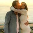 Alexandra Rosenfeld, enceinte, affiche son baby bump au côté de son amoureux Hugo Clément.