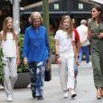 La reine Letizia d'Espagne et ses filles, Leonor, princesse des Asturies, et l'infante Sofia, sont allées voir en compagnie de la reine Sofia le film  Le Roi Lion  dans un cinéma de Palma de Majorque le 1er août 2019.