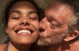 Vincent Cassel et Tina Kunakey : Surf et plage, leurs vacances de rêve à Hawaï