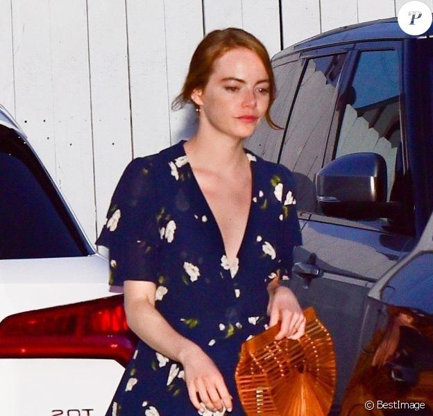 Exclusif - Emma Stone et son compagnon Dave McCary sont allés dîner dans le restaurant Giorgio Baldi à Santa Monica, le 8 août 2019.