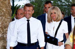 Brigitte et Emmanuel Macron tendrement enlacés, une belle photo inédite